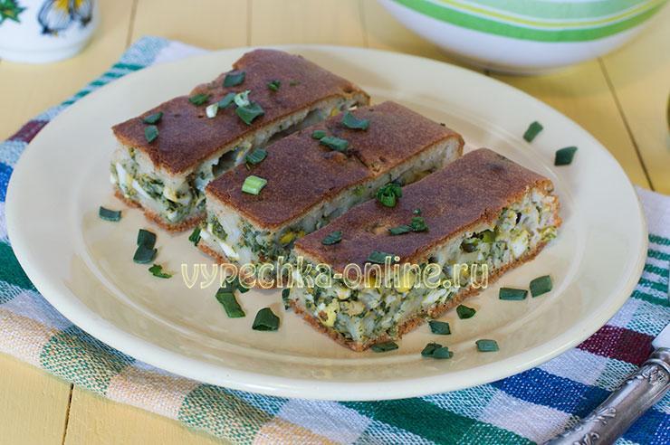 Заливной пирог с яйцом и зеленым луком на кефире в духовке - рецепт с фото пошагово