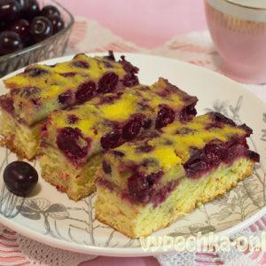 Пирог с вишней на молоке бедрожжевой бисквитный – рецепт с фото пошагово в духовке