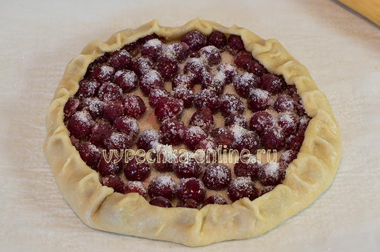 Пирог с вишней на скорую руку в духовке