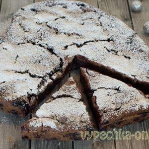 Постный пирог с ягодами и какао – рецепт в домашних условиях