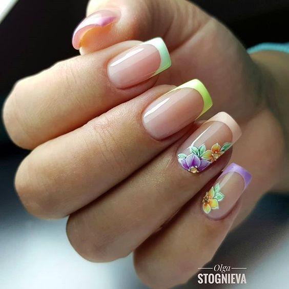 Летние цветы ногти