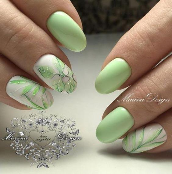 маникюр с листочками зелеными