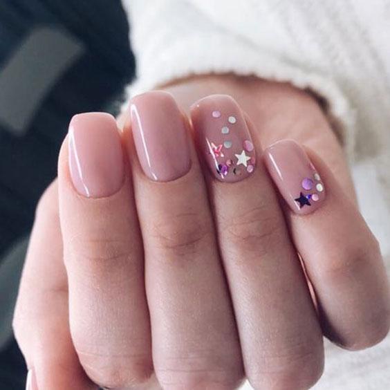 Звездочки на ногтях дизайн