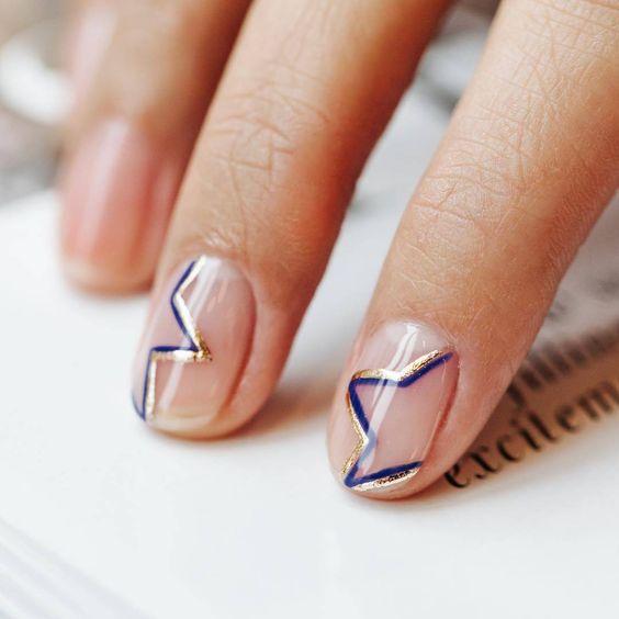 Звезды на ногтях маникюр
