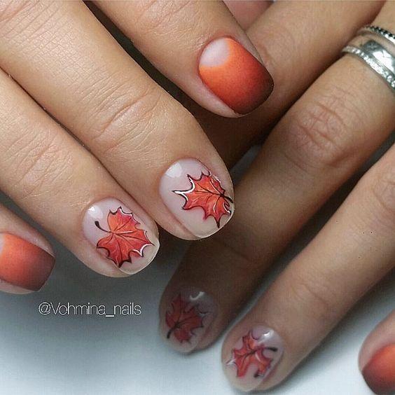 маникюр с осенними листьями
