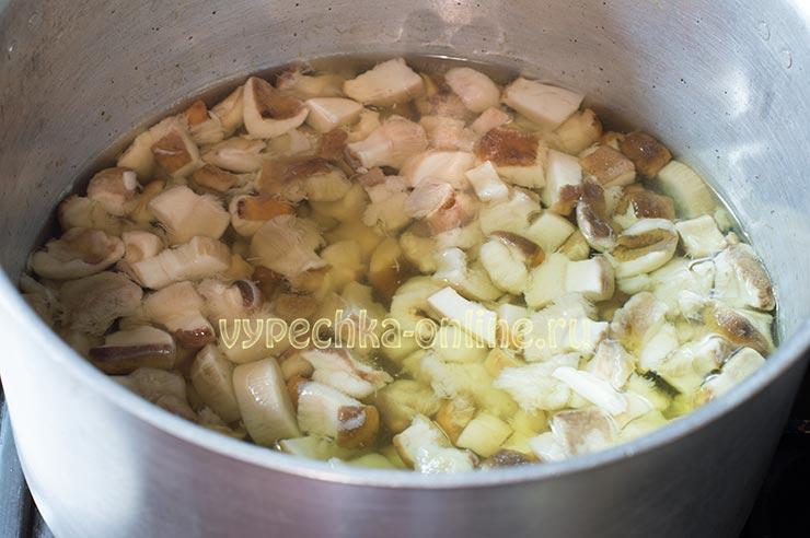 Как правильно отварить белые грибы перед маринованием