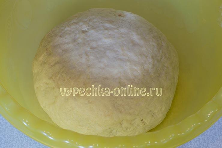 Дрожжевое тесто для пирожков с сухими дрожжами