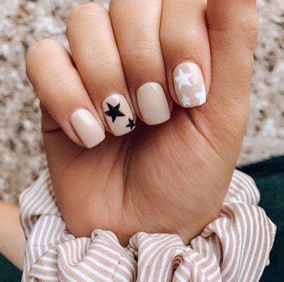 Ногти звезды лето