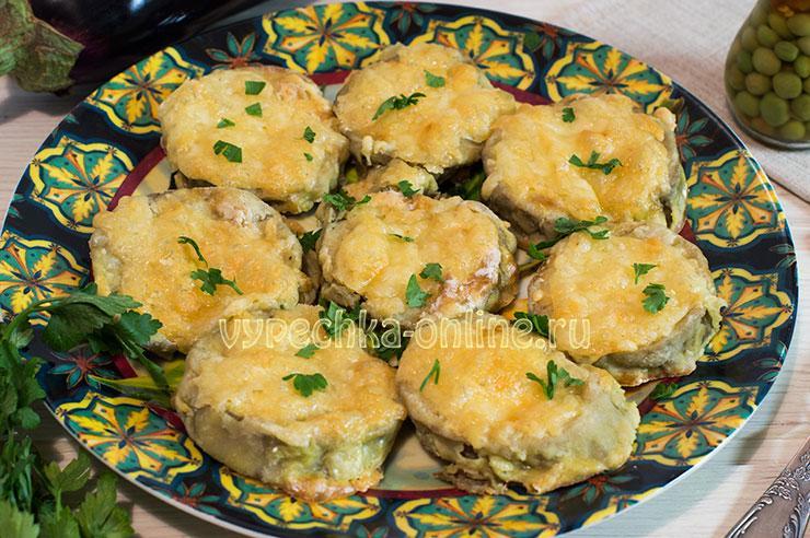 Запеченные баклажаны с сыром в духовке