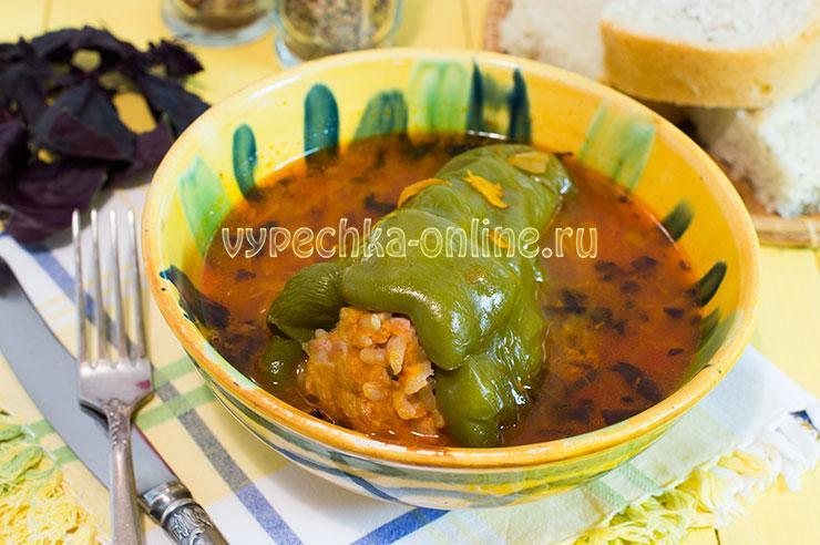 Фаршированные перцы с фаршем и рисом запеченные в духовке – рецепт с фото