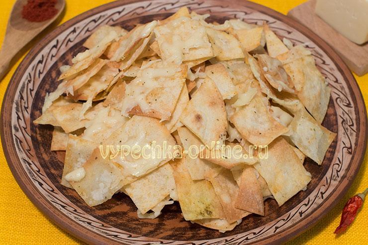 Чипсы из лаваша с сыром в духовке рецепт с фото пошагово