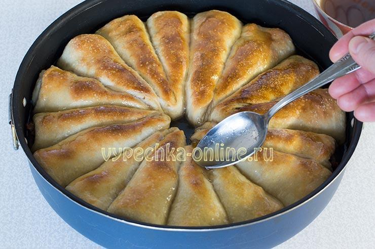Отрывной пирог с варенье