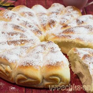 Творожный пирог в духовке из дрожжевого теста, отрывной - рецепт с фото пошагово