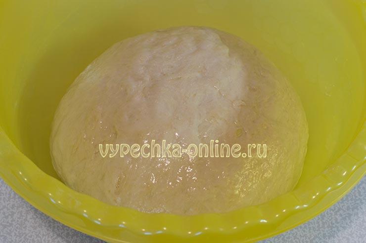 Как приготовить пирожки с яблоками в духовке из дрожжевого теста