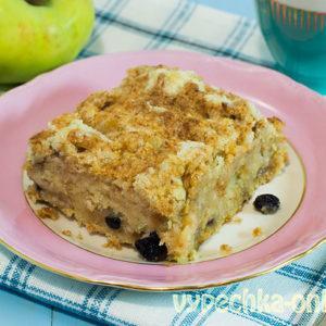 Рецепт насыпного пирога с яблоками с манкой
