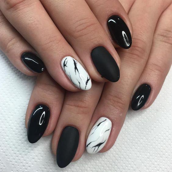 чёрно-белый маникюр гель лаком