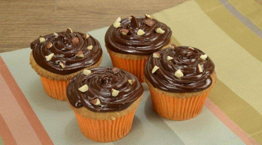Капкейки с начинкой без выпечки – необычный рецепт с печеньем в домашних условиях
