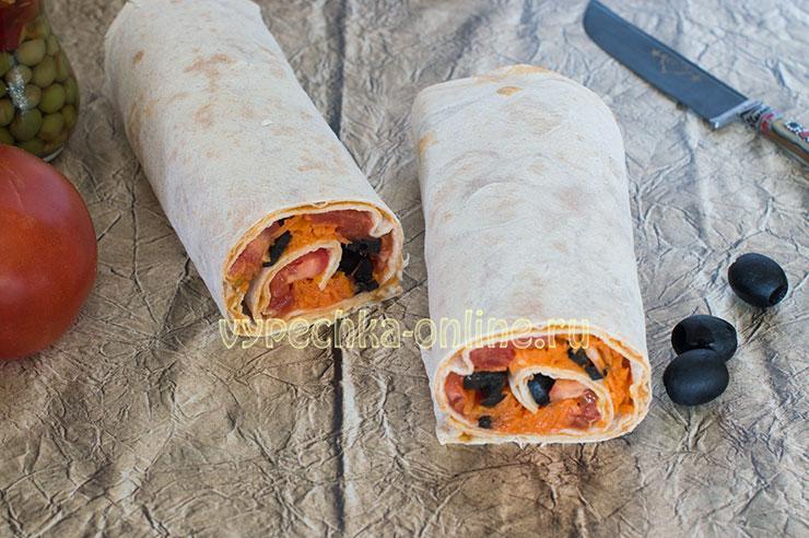 Рулет из лаваша с морковкой по-корейски