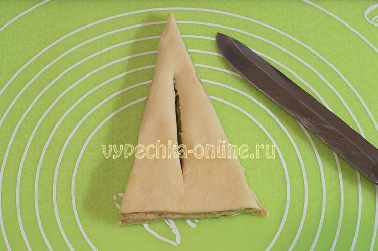 Пирог из французского теста