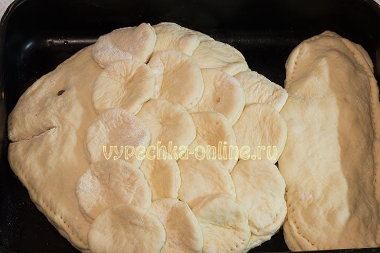 Постный рыбный пирог из консервов