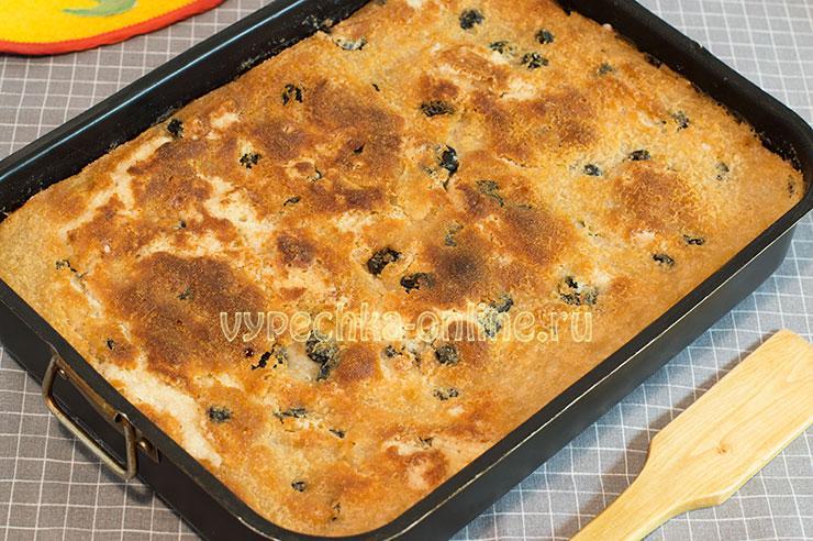 Постный пирог с яблоками насыпной, манкой и растительным маслом