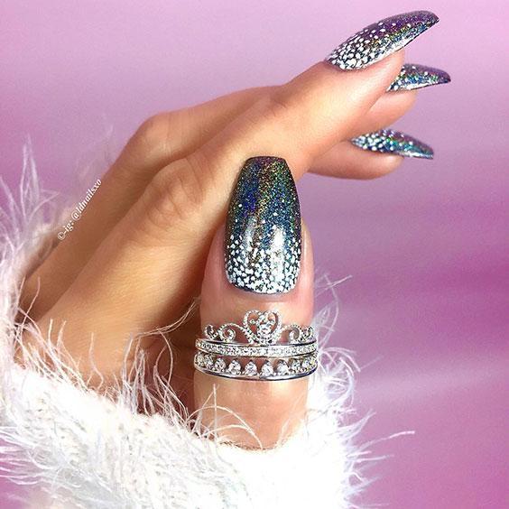 Новогодний маникюр 2020 на длинные ногти фото