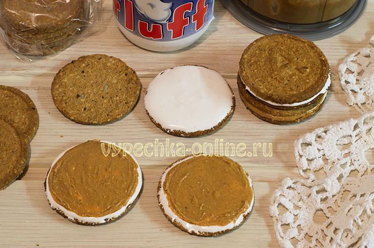Десерт из овсяного печенья без выпечки