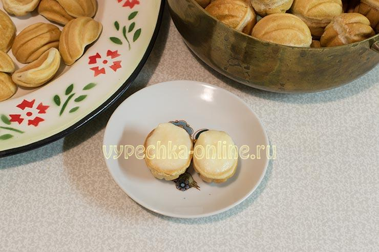 Печенье орешки на сметане