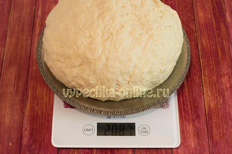 Пышное дрожжевое тесто на молоке для пирожков