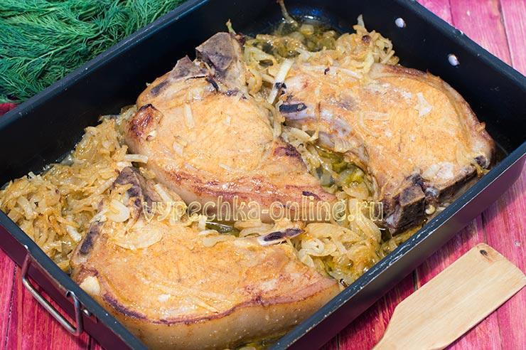 Свинина на кости в духовке рецепт с фото