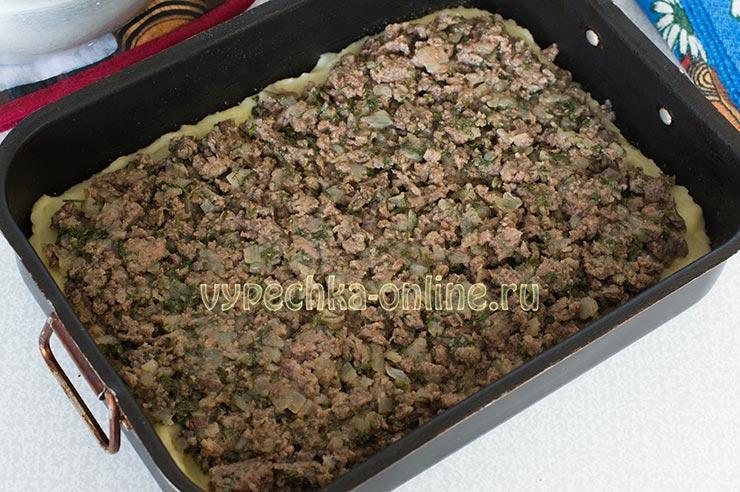 Запеканка из картофельного пюре с фаршем в духовке рецепт