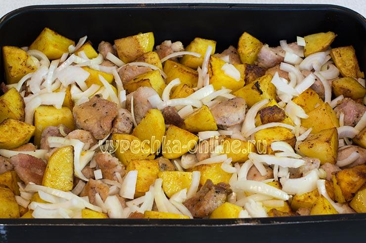 Как приготовить свинину с картошкой в духовке сочно и вкусно