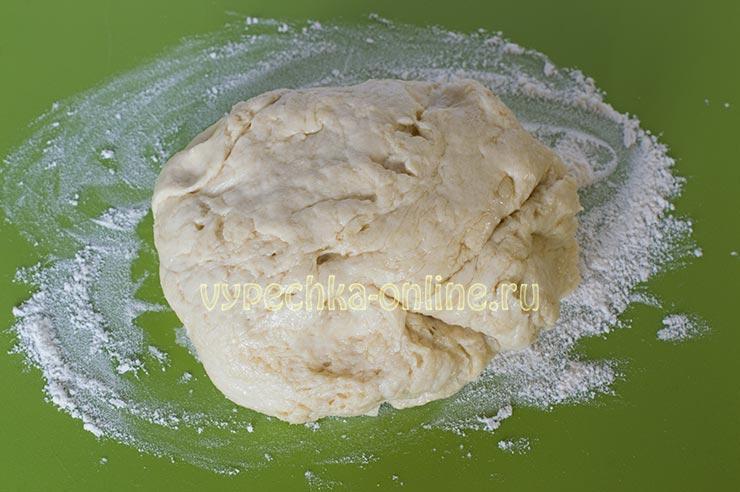 Тесто для пиццы на кефире и дрожжах