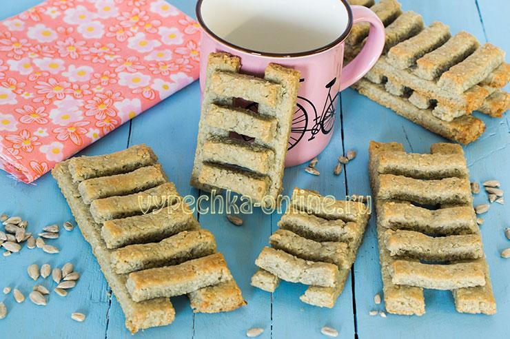 Лестницы постное печенье с семечками подсолнуха (когда пекут лесенки) – рецепт с фото