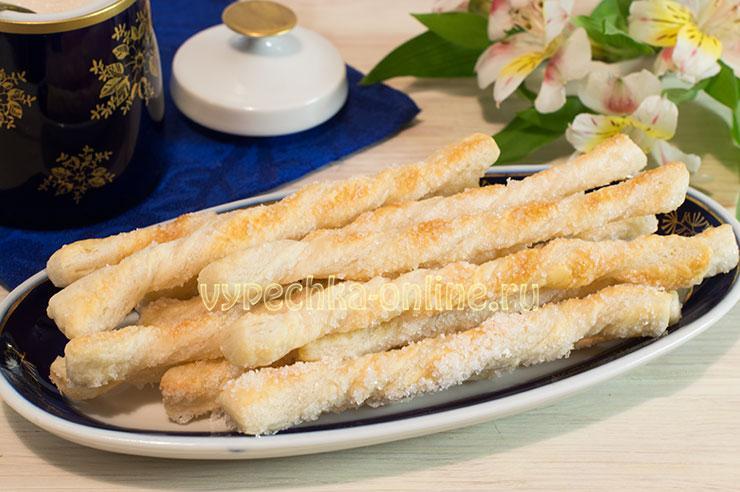 Слоеное тесто с сахаром в духовке