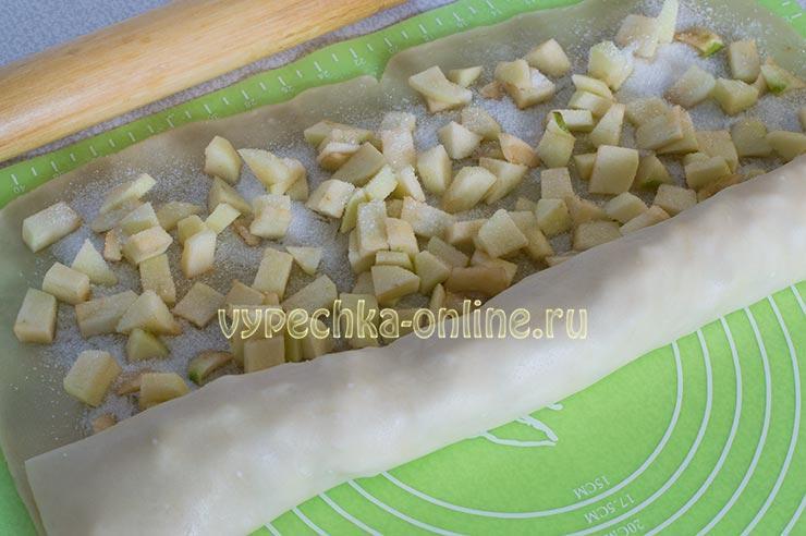 Рецепт постного штруделя с яблоками