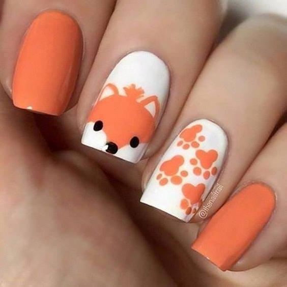 Весенний маникюр оранжевый