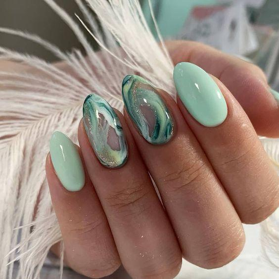 Дизайн ногтей весна 2020 мятный