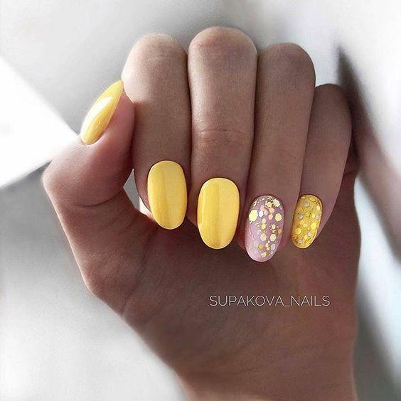Дизайн ногтей весна 2020 – жёлтый маникюр: модные тенденции, идеи с фото