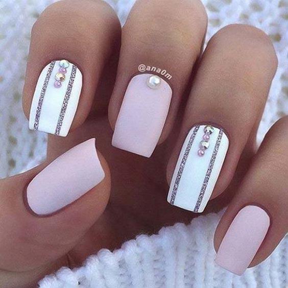 Дизайн ногтей с полосками