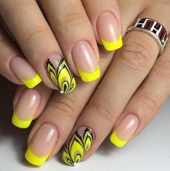 Маникюр жёлтый с серым дизайн ногтей
