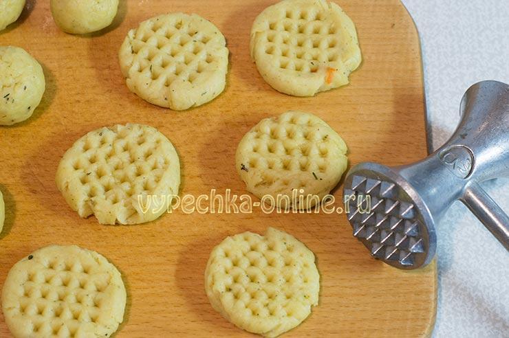 Как пожарить печенье на сковороде
