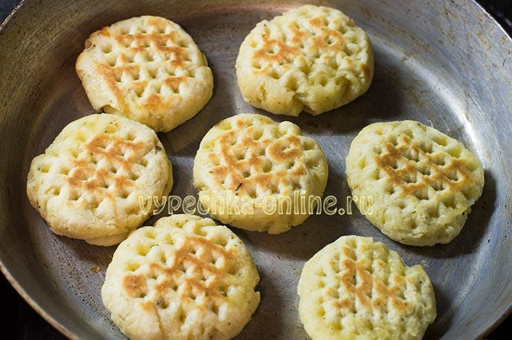 Печенье жареное на сковороде