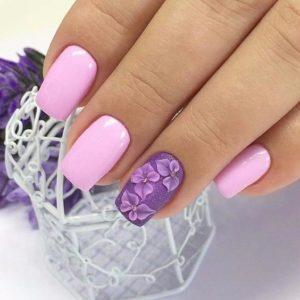 Розово-сиреневый маникюр