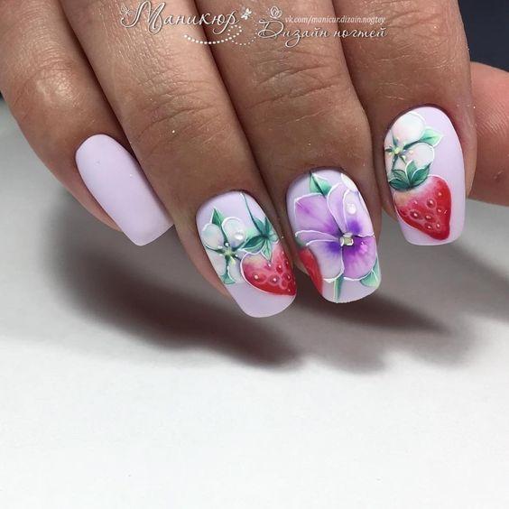 Маникюр клубника на ногтях