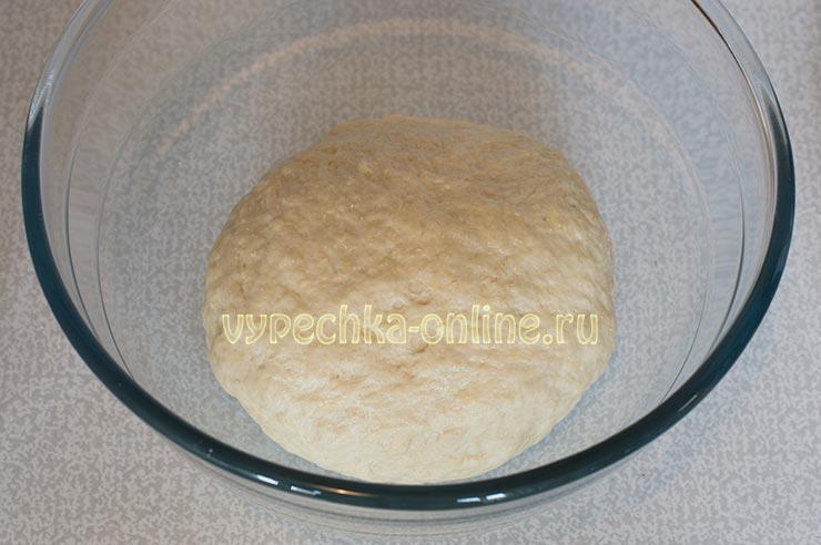 Дрожжевое тесто для пирога с ягодами