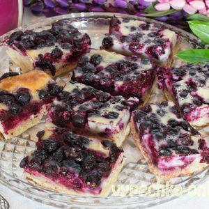 Пирог с замороженными ягодами в духовке рецепт с фото пошагово