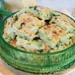 Сырное печенье с зелёным луком и яйцом на скорую руку в духовке – рецепт с фото