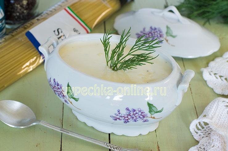 Соус из сыра и сливок для макарон