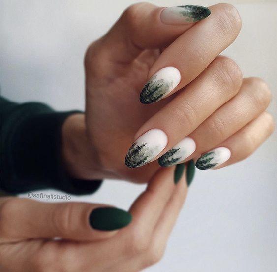 Бело-зелёный маникюр
